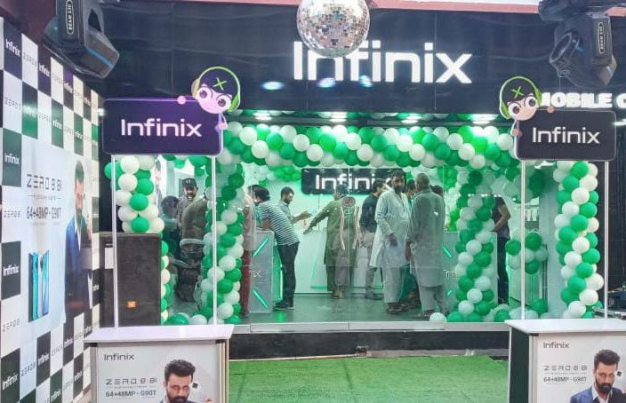 Photo of Infinix Pakistan Opens Doors to the First Experience Store in Karachi