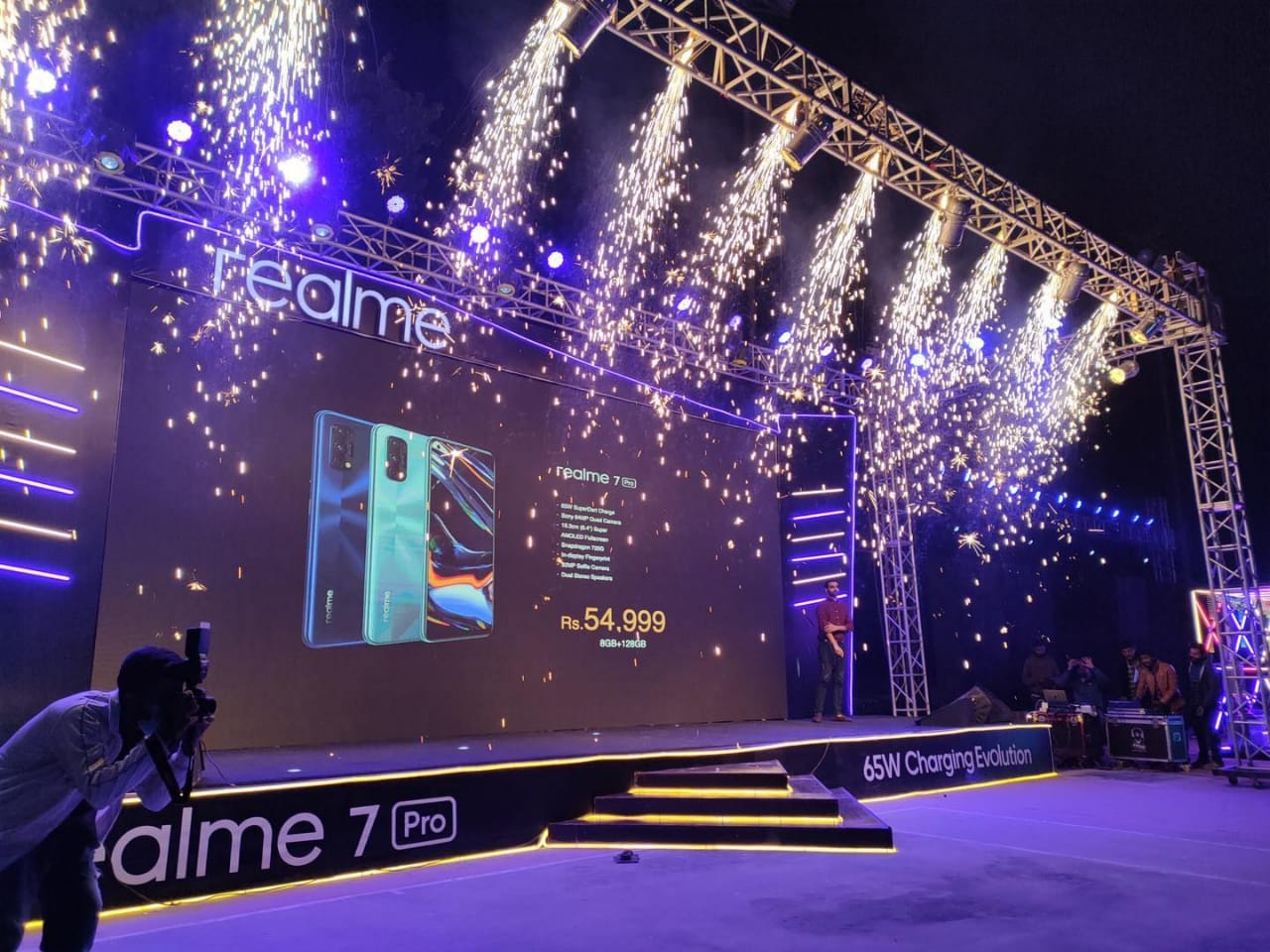 Photo of Realme 7 Pro & C15 Along With Four AIOT Product Hit the Market