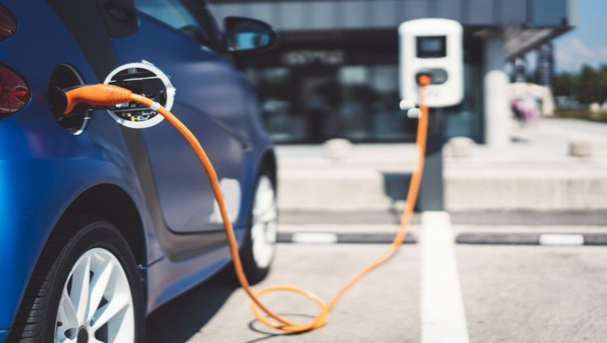 Cabinet Grants Massive Tax Exemptions for Electric Vehicles