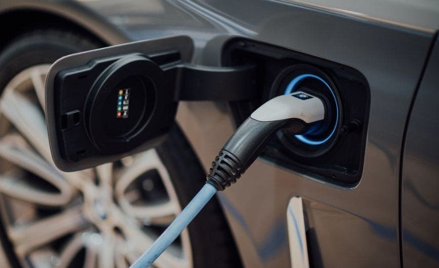 Photo of KE and Shell joins hand to build three charging stations