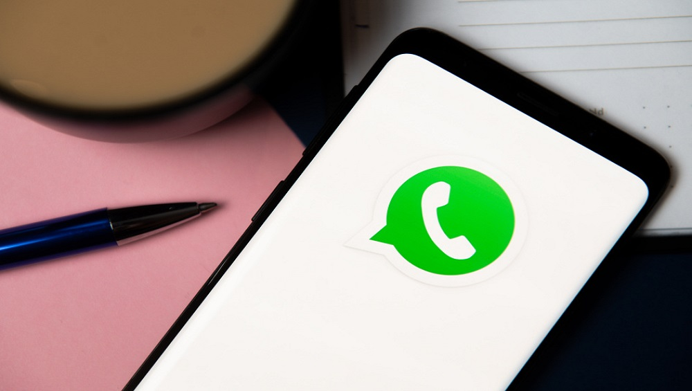 """Photo of WhatsApp Reassures """"We Can't See Your Personal Messages"""""""