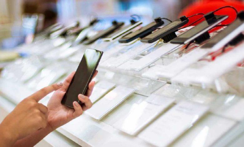 Pakistan Smartphones Export Begins